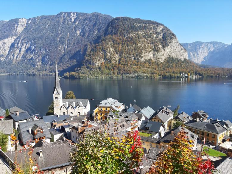 https://marijainwonderland.com/2018/11/19/halstat-najfotogenicniji-gradic-austrije/