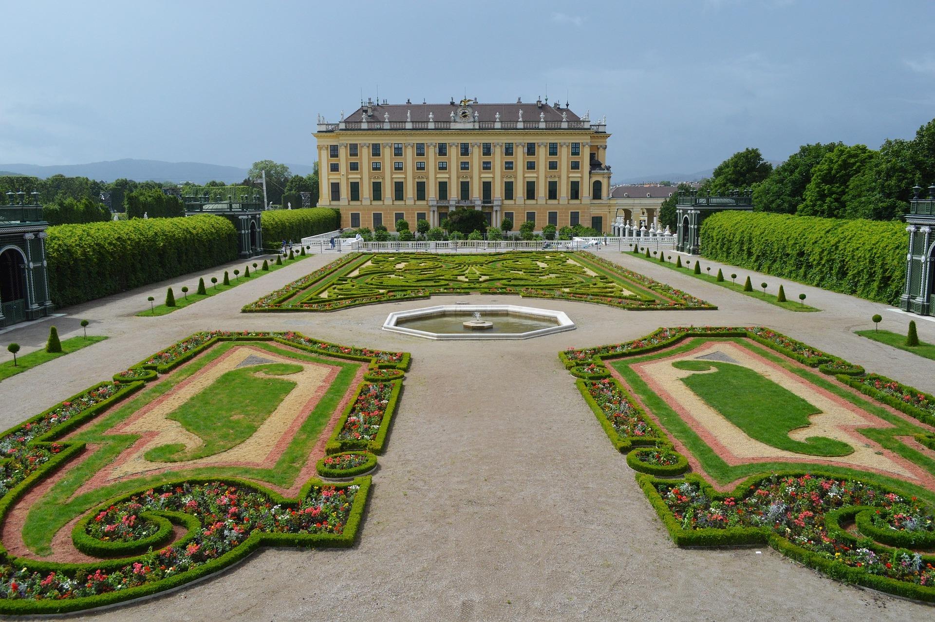 Palata Šenbrun, Beč