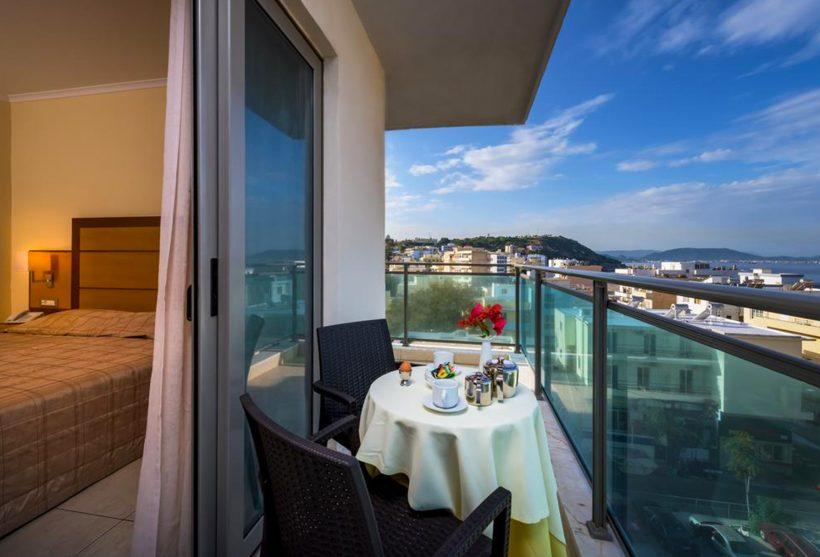 Manousos City Hotel sa 3 zvezdice